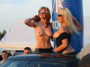 weston wheels girls topless. South West Cruisin